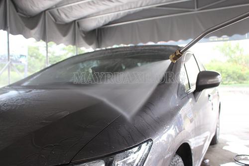 Những điều bạn cần biết khi rửa xe tại nhà