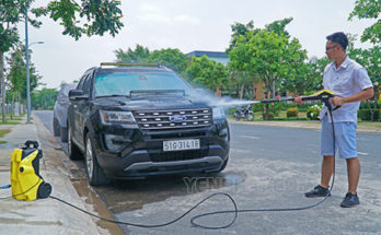 Rửa xe nhanh và sạch tại nhà