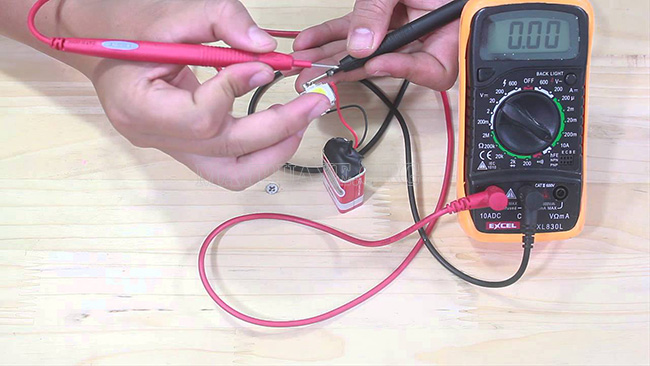 Đo cường độ dòng điện bằng Ampe kế
