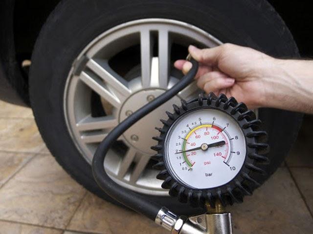 áp xuất lốp